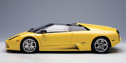 AUTOart: Lamborghini Murcielago Roadster - Metallic Yellow (12081) in 1:12 scale