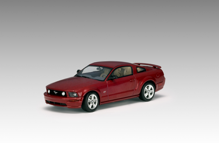 AUTOart: 2005 Ford Mustang GT (2004 Auto Show Version)   Red Fire (