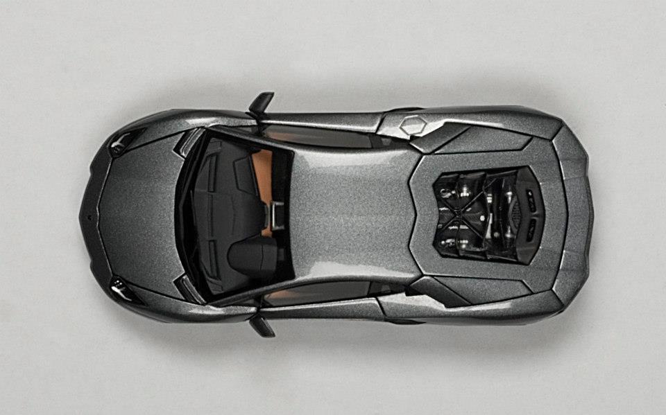 Price Of A Lamborghini Aventador >> AUTOart: Lamborghini Aventador LP700-4 - Grigio Estoque / Metallic Grey (54646) in 1:43 scale ...