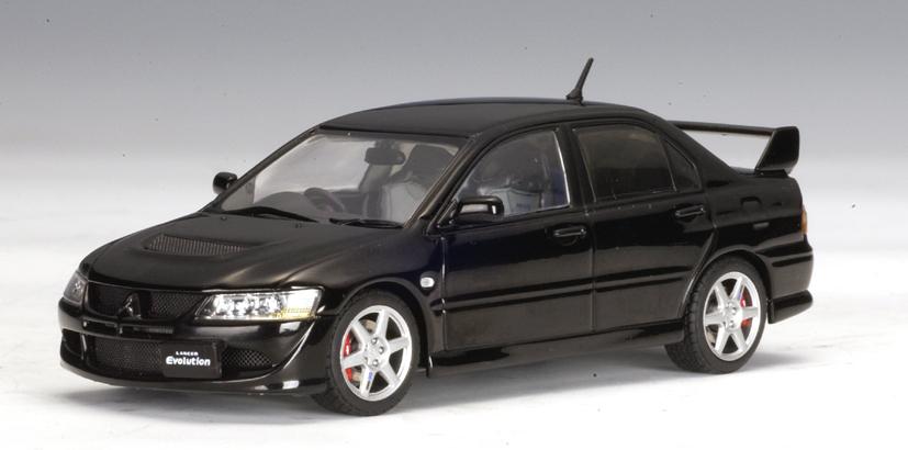 AUTOart: Mitsubishi Lancer EVO VIII - Black (57183) in 1:43 scale - mDiecast