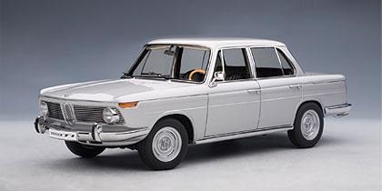 autoart bmw 1800 tisa 39 neue klasse 39 street car silver. Black Bedroom Furniture Sets. Home Design Ideas