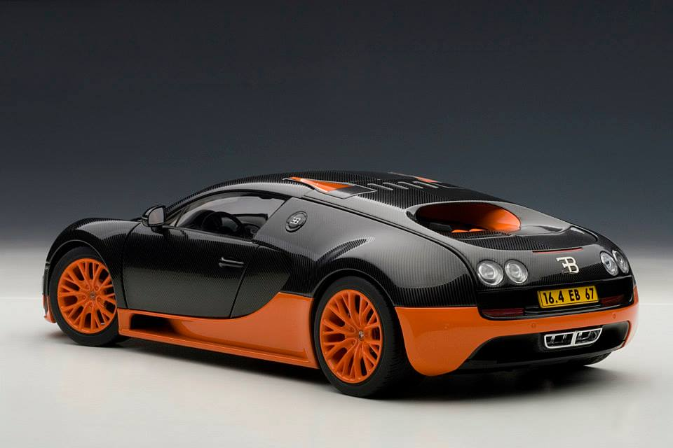autoart bugatti veyron super sport world record black orange skirts 70935 in 1 18 scale. Black Bedroom Furniture Sets. Home Design Ideas