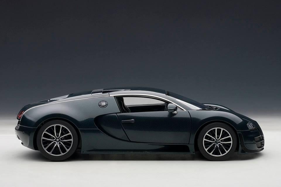 Autoart Bugatti Veyron Super Sport Dark Blue 70938 In