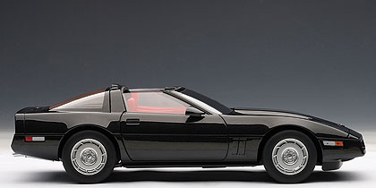 AUTOart: 1986 Chevrolet Corvette - Black (71242) in 1:18 ...
