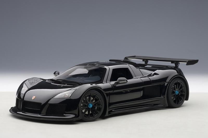 AUTOart: 2005 Gumpert Apollo - Black (71301) in 1:18 scale ...