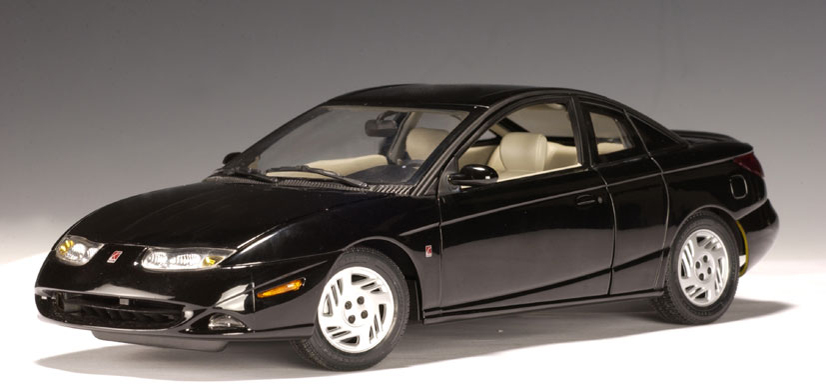 autoart 2001 saturn 3 door coupe black 71413 in 1 18. Black Bedroom Furniture Sets. Home Design Ideas