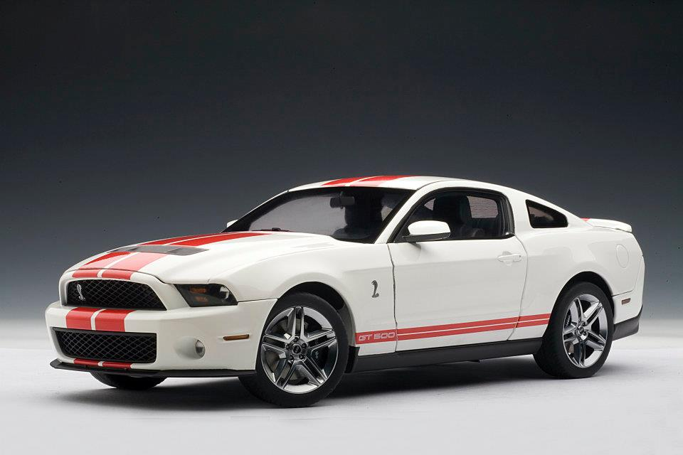 Autoart 2010 Ford Mustang Gt500 Performance White W