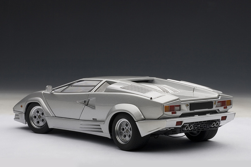 autoart lamborghini countach 25th anniversary edition silver 74536 in 1 18 scale mdiecast. Black Bedroom Furniture Sets. Home Design Ideas
