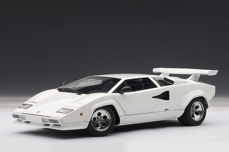 Autoart Lamborghini Countach 5000qv White 74538 In 1