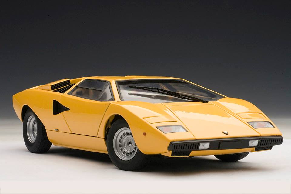 Autoart Lamborghini Countach Lp400 Yellow 74646 In 1