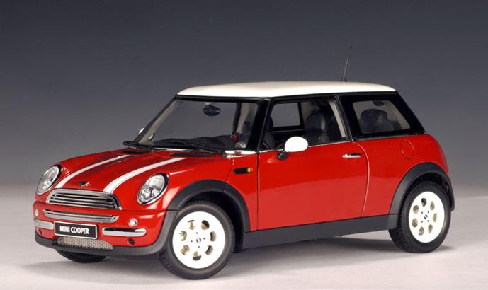 Bonnet Stripes Mini Cooper >> AUTOart: 2001 MINI Cooper - Racing Green (74828) in 1:18 scale - mDiecast