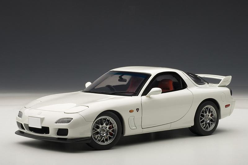 AUTOart: Mazda RX-7 (FD) Spirit R Type A - Pure White ...