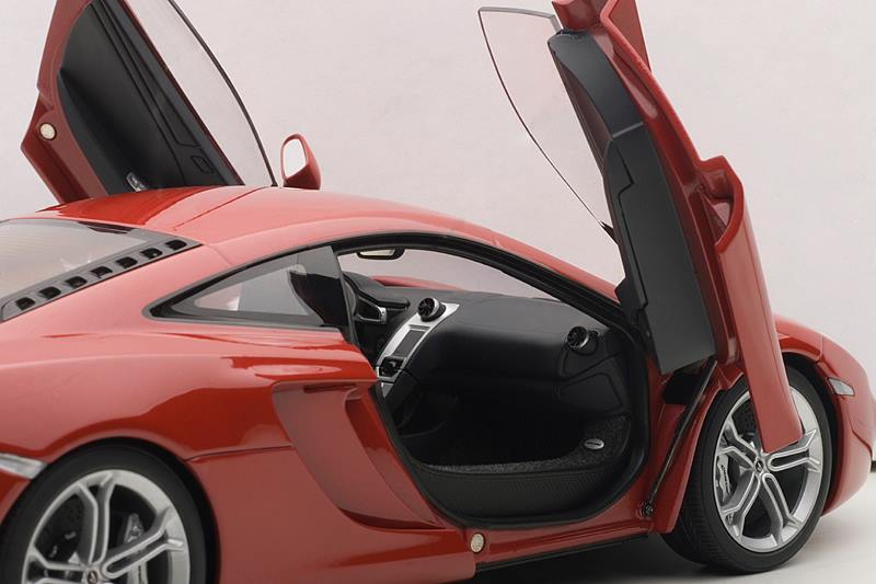 List Of Cars >> AUTOart: McLaren MP4-12C - Red (76008) in 1:18 scale - mDiecast
