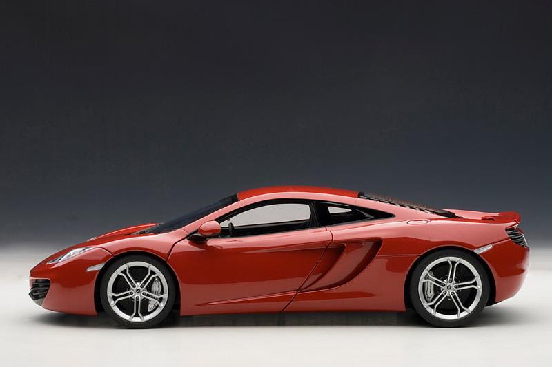AUTOart: McLaren MP4-12C - Red (76008) in 1:18 scale ...