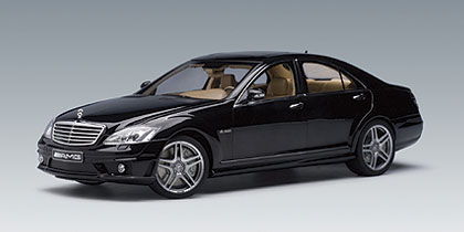 AUTOart: Mercedes-Benz S63 AMG - Black (76242) in 1:18 ...