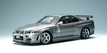 AUTOart: Nissan Skyline GT-R (R34) Nismo S-Tune Version - Spark Silver (77358) in 1:18 scale
