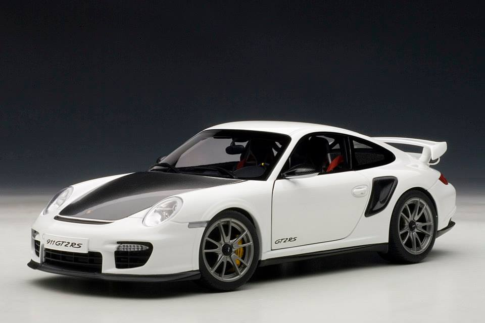 autoart porsche 911 997 gt2 rs white 77963 in 1 18 scale mdiecast. Black Bedroom Furniture Sets. Home Design Ideas