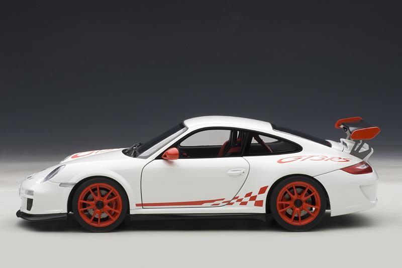 Autoart Porsche 911 997 Gt3 Rs White W Red Stripes