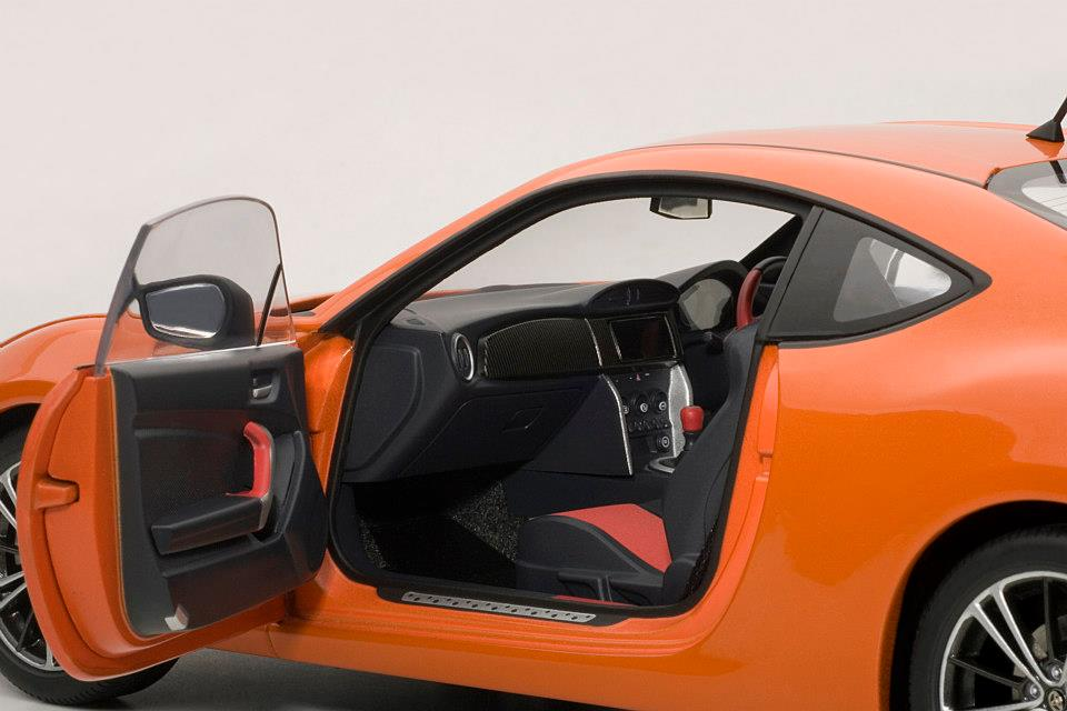 AUTOart: Toyota GT86 Asian Version (RHD) - Orange Metallic (78771) in 1:18 scale