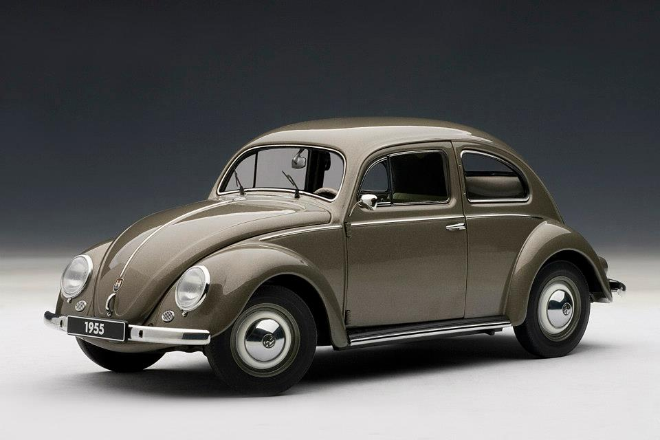List Of Cars >> AUTOart: 1955 Volkswagen Beetle Kafer Limousine - Polaris Silver (79777) in 1:18 scale - mDiecast