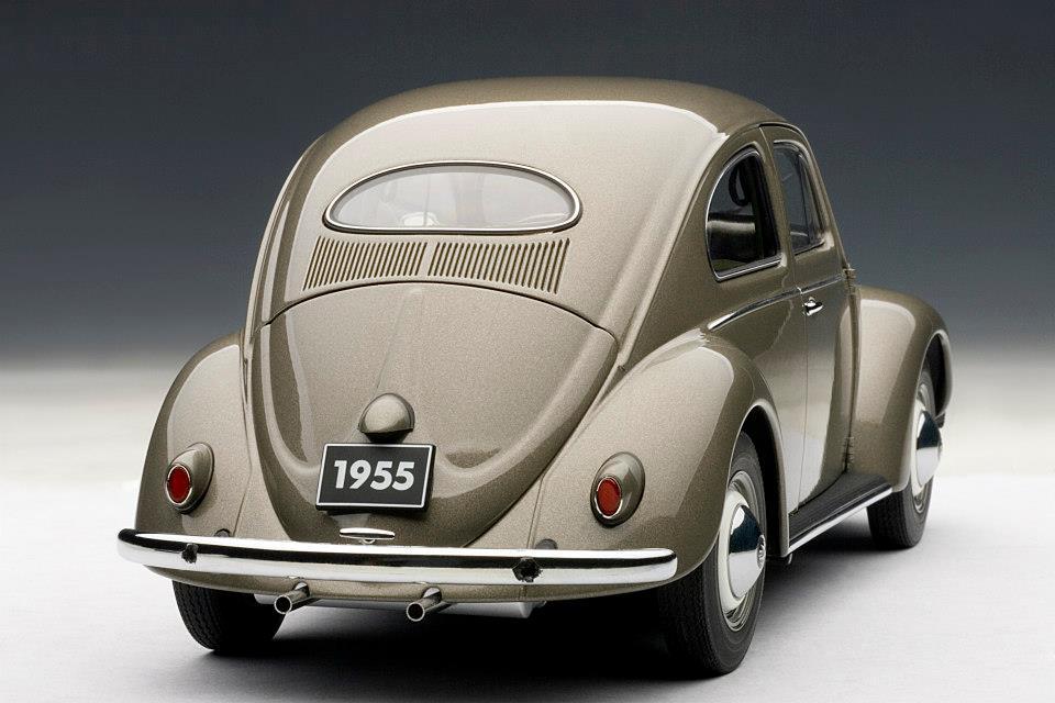 1955 VOLKSWAGEN BEETLE KAFER LIMOUSINE POLARIS SILVER 1//18 BY AUTOART 79777