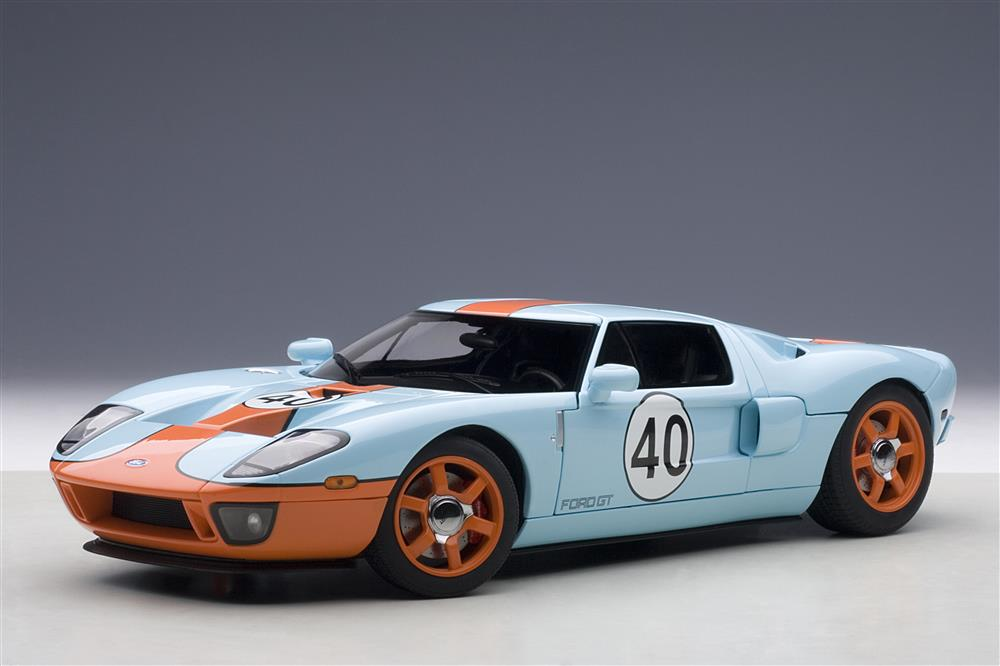 AUTOart: 2004 Ford GT Gulf Livery #40 (80513) in 1:18 ...