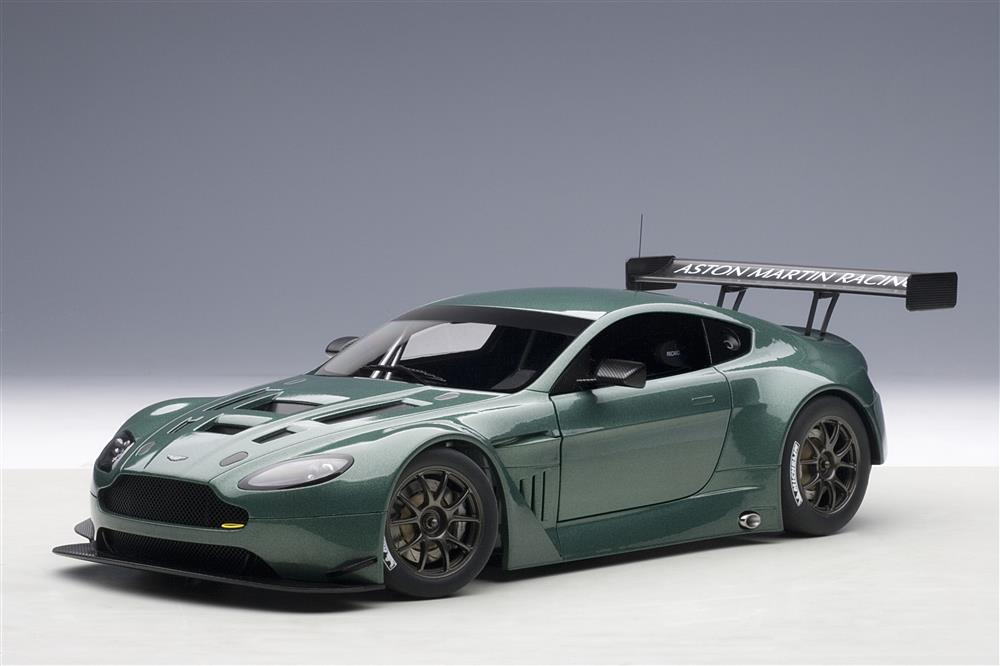 2013 Aston Martin Vantage V12 Gt3 2013 Green 33355 on v12 vantage