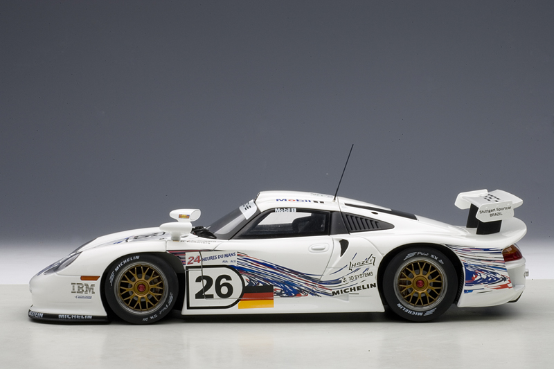autoart porsche 911 gt1 24hrs le mans 1997 26 89773 in 1 18 scale mdiecast. Black Bedroom Furniture Sets. Home Design Ideas