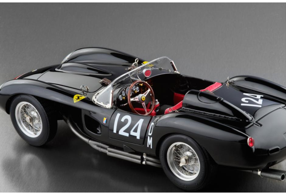 cmc 1957 ferrari 250 testa rossa 39 pontoon fender 39 chassis no 0714 m 081 in 1 18 scale mdiecast. Black Bedroom Furniture Sets. Home Design Ideas