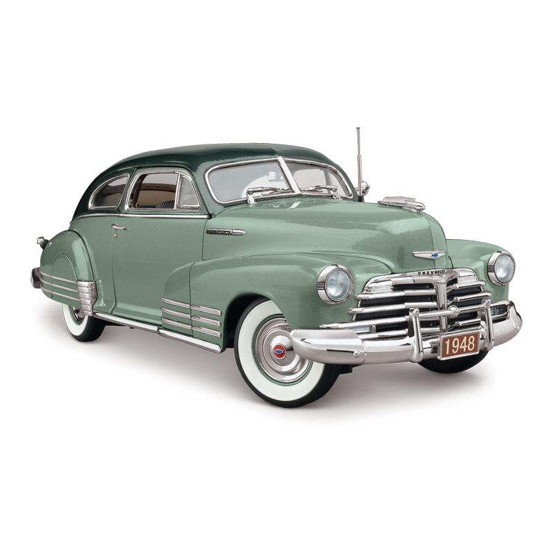 Danbury Mint 1948 Chevrolet Fleetline Aerosedan Liveoak