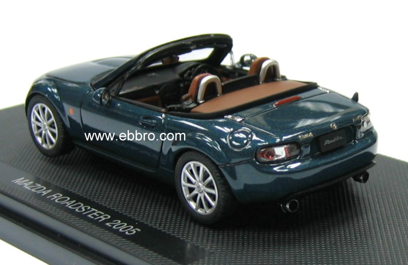 List Of Cars >> Ebbro: 2005 Mazda Roadster (MX5) - Green (43733) in 1:43 ...