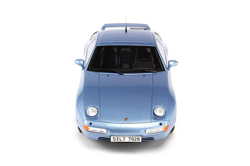 GT Spirit: Porsche 928 GTS - Horizon Blue (GT006CS) in 1:18 scale