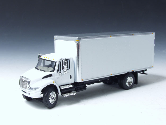 Highway 61: International 4400i Dry Van Box Straight Truck ...