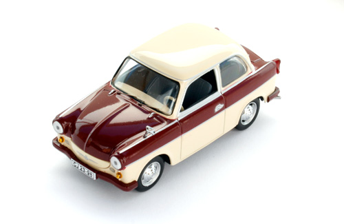 Ist Models: 1958 Trabant P50 Limousine - Red And Beige (Ist029) In