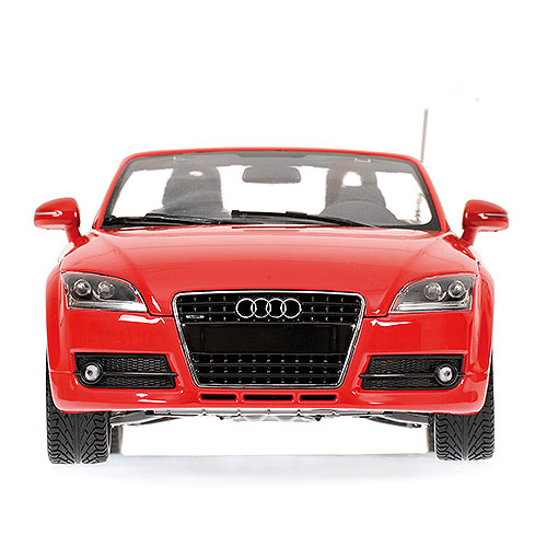 Minichamps: 2006 Audi TT Roadster - Red Metallic (100 015032) в 1:18 масштабе