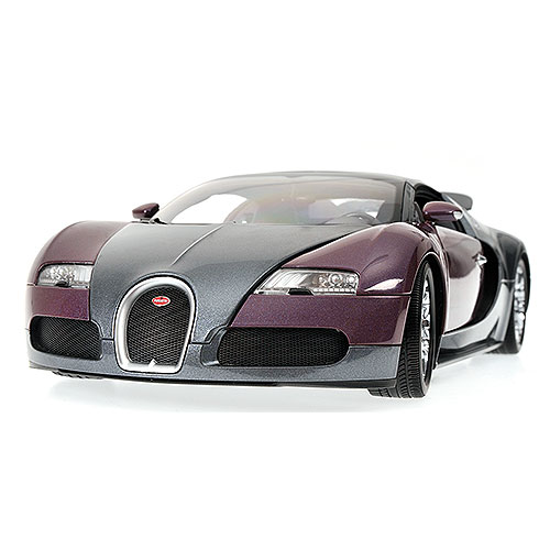 Minichamps: 2010 Bugatti Veyron Grand Sport - Graphite/Grey (100 110830) в 1:18 масштабе