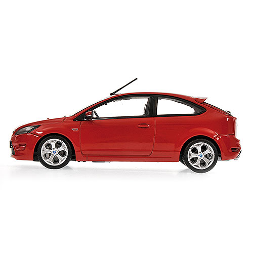 Minichamps: 2009 Ford Focus ST - Red (400 087301) im 1:43 maßstab