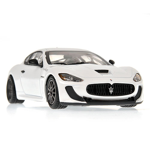 Minichamps: 2010 Maserati Granturismo MC GT4 - White (400 101200) in 1:43 scale