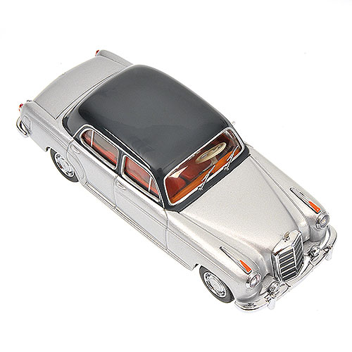 Minichamps: 1956 Mercedes-Benz 220 S (W180) - Silver (430 033007) in 1:43 scale