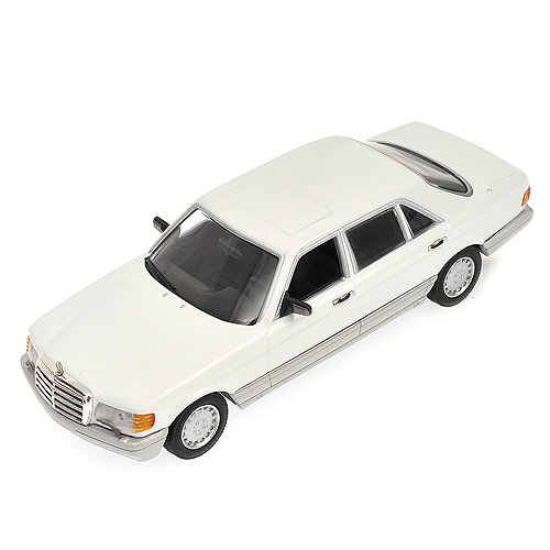 minichamps 1989 mercedes benz 500 se w126 white. Black Bedroom Furniture Sets. Home Design Ideas