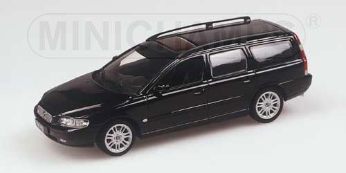 Minichamps: 2000 Volvo V70 Wagon - Black (430 171210) in 1:43 scale - mDiecast