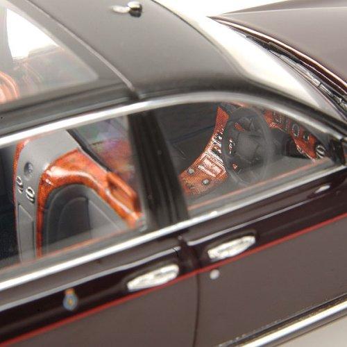 Minichamps 2002 Bentley State Limousine Queens Car 100: Minichamps: 2002 Bentley State Limousine 'Queens Car' (436