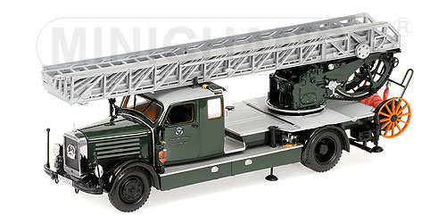 List Of Cars >> Minichamps: 1940 Mercedes-Benz LoD3750 DL26 Fire Protection Police Koln (439 035371) in 1:43 ...