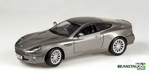 minichamps aston martin v12 vanquish james bond for. Black Bedroom Furniture Sets. Home Design Ideas