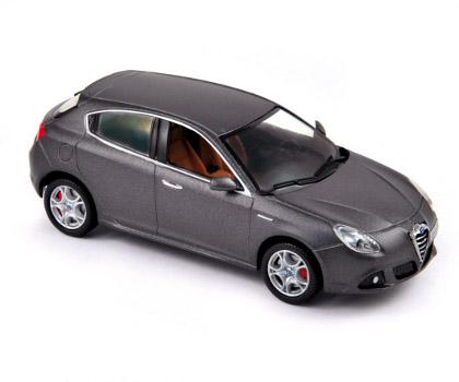 Alfa Romeo Giulietta >> Norev: Alfa Romeo Giulietta - Grigio Scuro (790043) in 1:43 scale - mDiecast