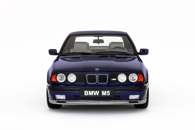 OttO: 1992 BMW M5 (E34) - Avus Blue Metallic (OT576) в 1:18 масштабе - mDiecast