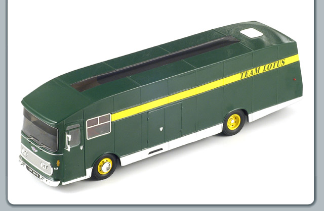 Spark: 1967 Transporter Lotus - Green (S0287) in 1:43 scale