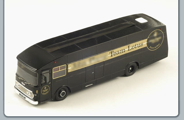 Spark: 1972 Transporter Team Lotus JPS (S0288) в 1:43 масштабе