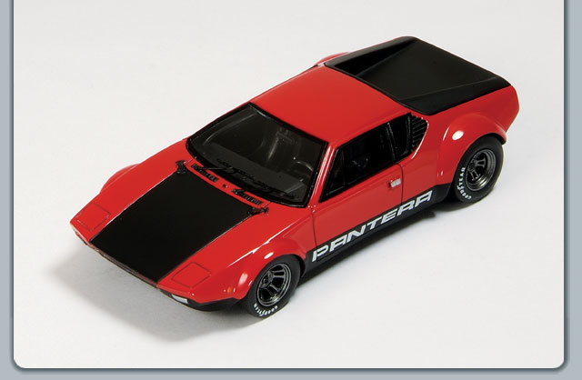 Spark: 1972 De Tomaso Pantera Group 4 - Red w/ Black Hood (S0520) в 1:43 масштабе