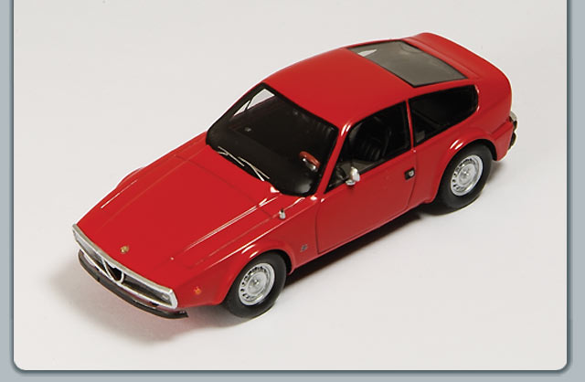 Spark: 1970 Alfa Romeo Junior Z 1300 - Red (S0610) in 1:43 scale